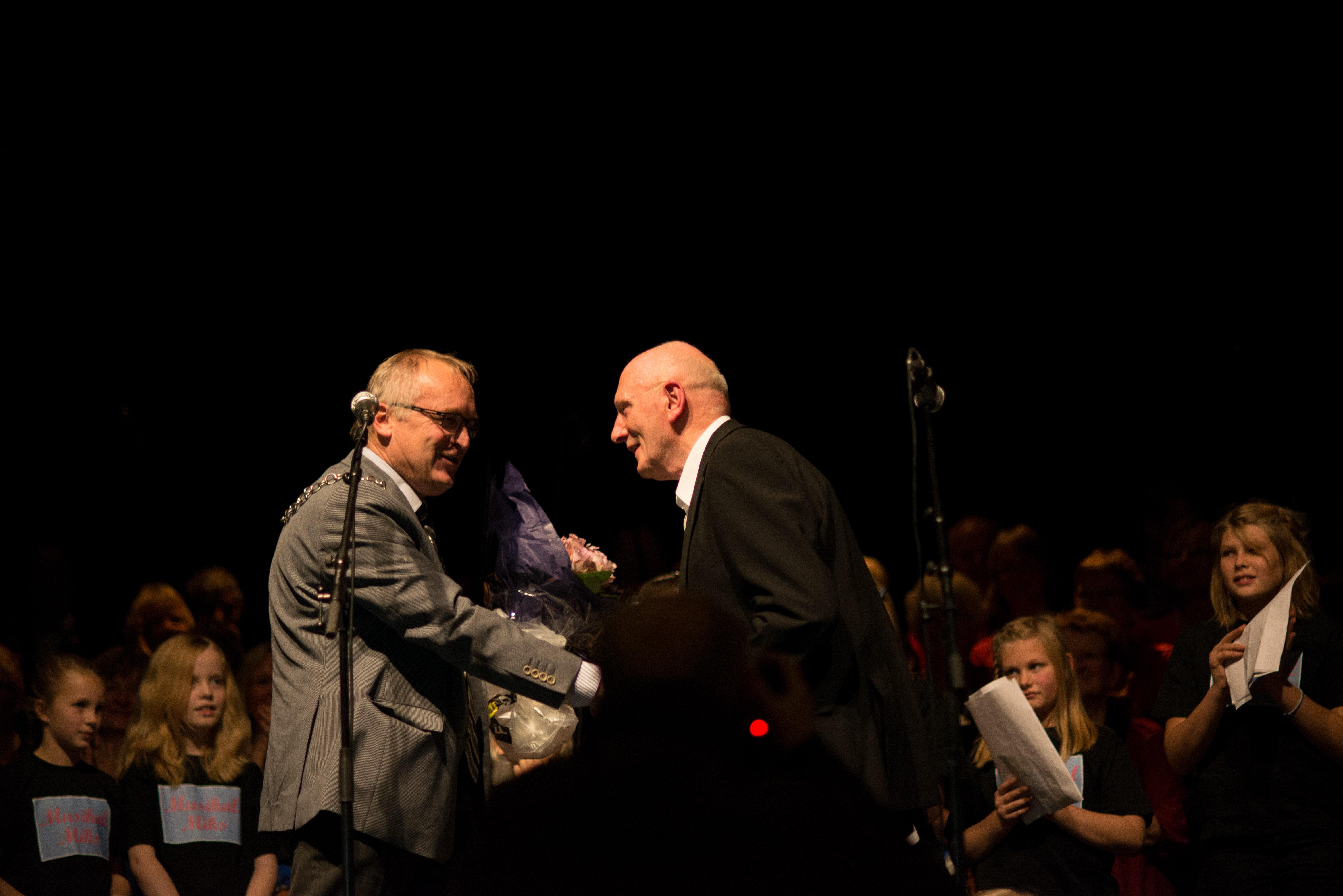 Bjarne får Frivillighetsprisen 2013- Foto: Sian O'Hara